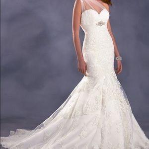 Dresses & Skirts - Alfred Angelo Disney Pocahontas Wedding Dress